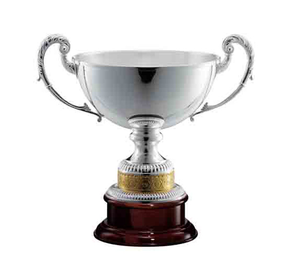 SILVER CUP FG102<br/>Varnished wooden base