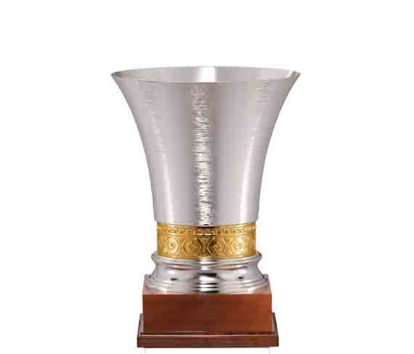 SILVER CUP FG111<br/>Varnished wooden cup